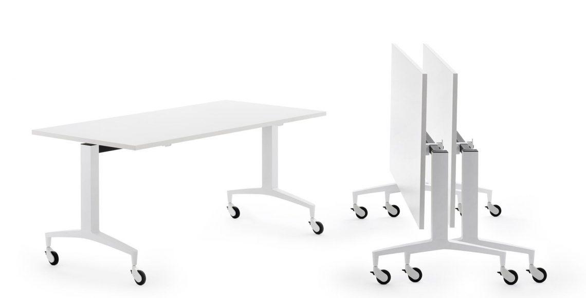 zložljive mize in stole